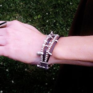 Uno de 50 Brown Leather Bracelet with Silver Beads